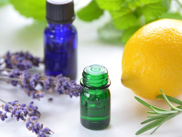 Bedeutende Öle der Aromatherapie | Praxis Schleicher & Brückl